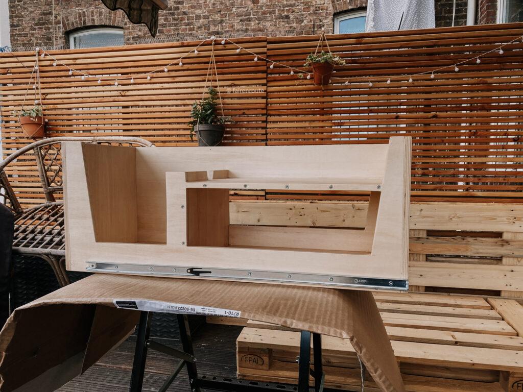 Minicamper Ausbau Küchenauszug